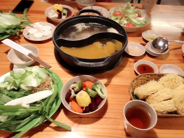 Nhà hàng buffet rau Leguda